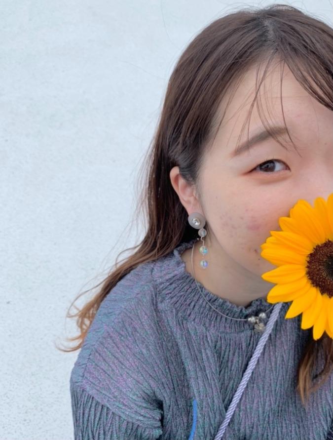 7月の向日葵と女の子